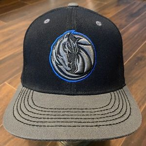Top of the World Dallas Mavericks Stretch-Fit Hat